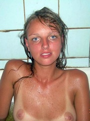 Blue eyed blonde gf shows her perfect..