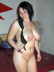Shaved chubby gf shows her big natural..