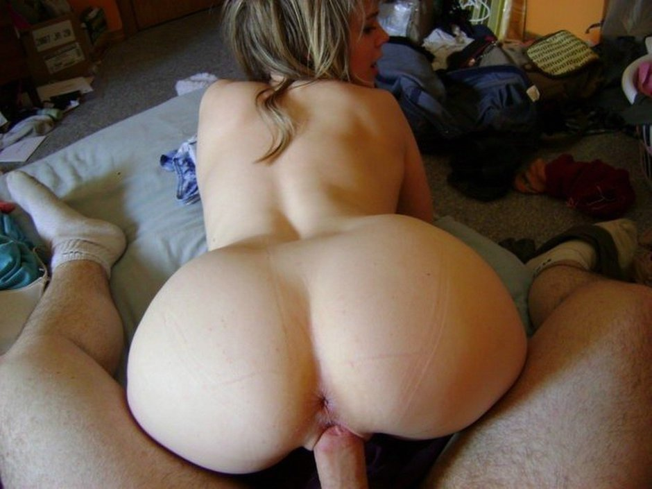 ... amateur girls sucking dicks and gets fucked in this homemade sex album