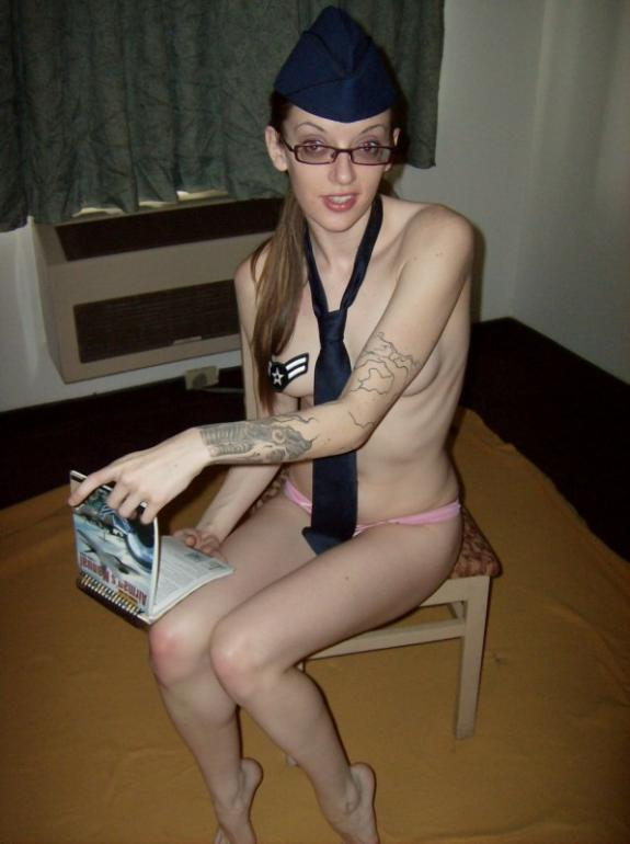 Sexy tattooed gf with small breasts shows her hot body