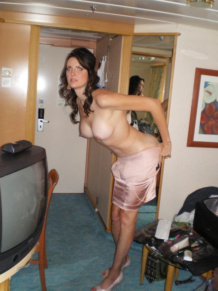 Fuck my milf wife from behind at hollyday 5