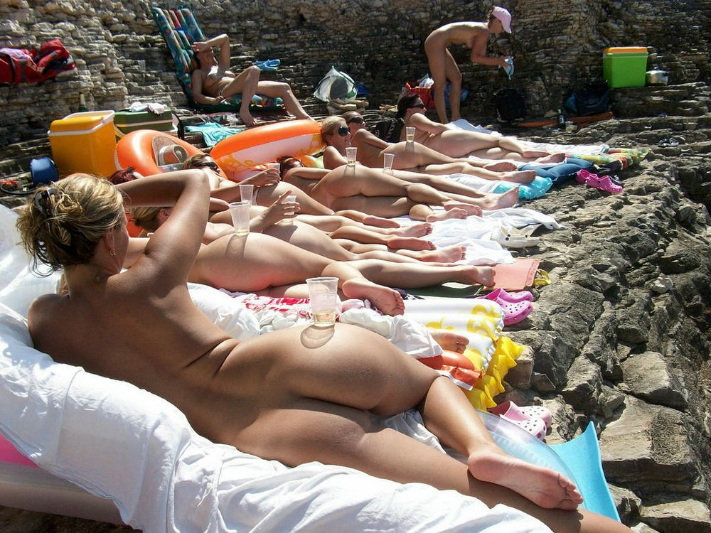Nudist enjoying sex