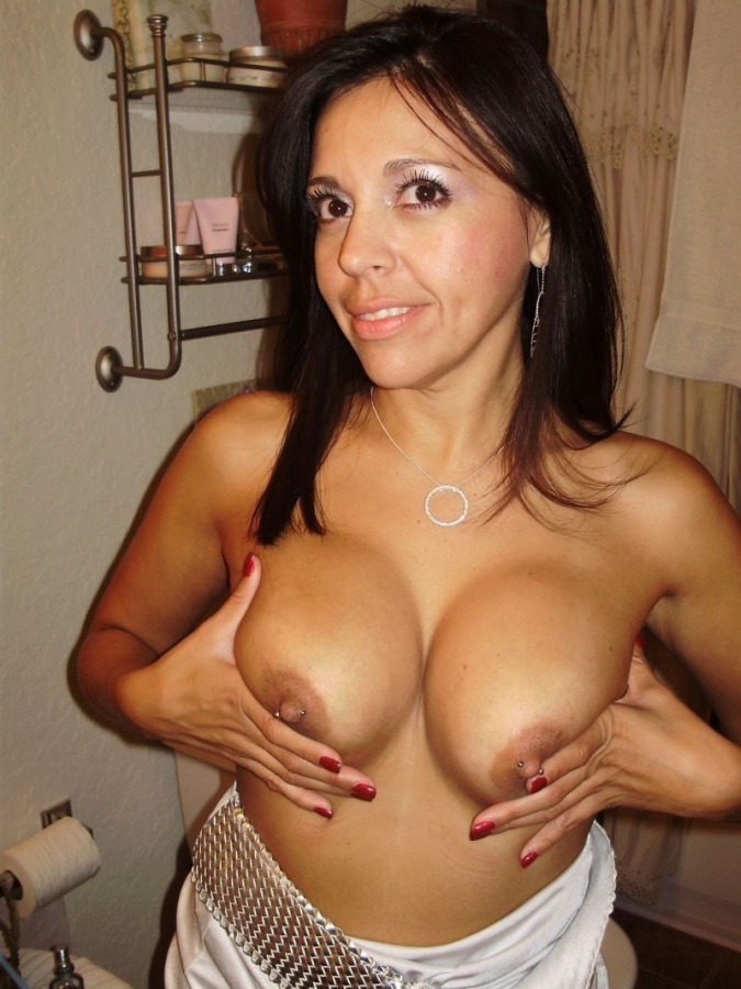 Latin milf finger fucked and cant stop moaning 5
