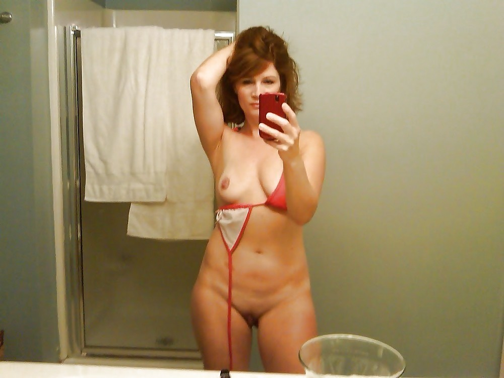 sexy nude mature self shot