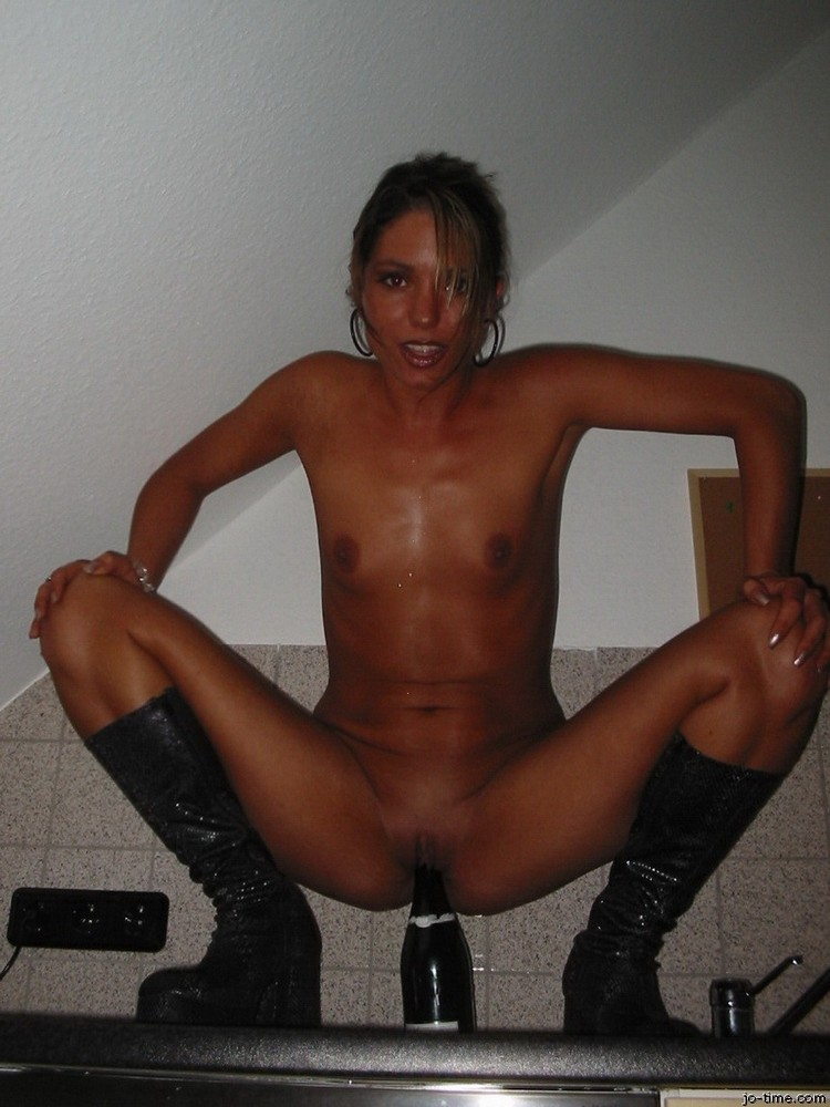 Nice amateur hotwives free thumbs youg and