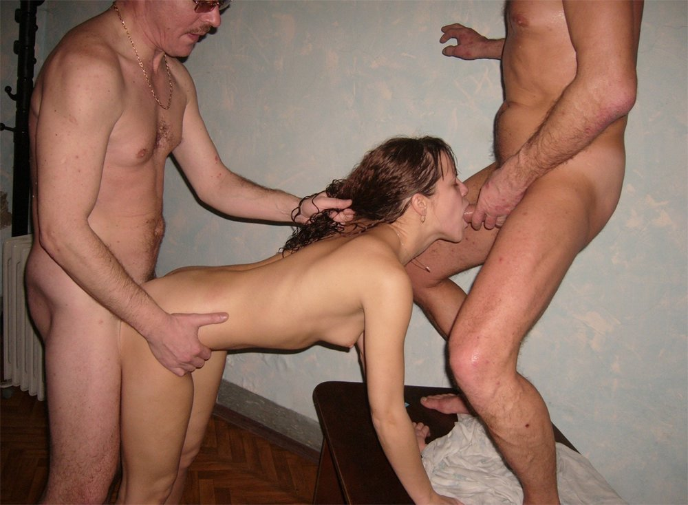Awesome amateur threesome