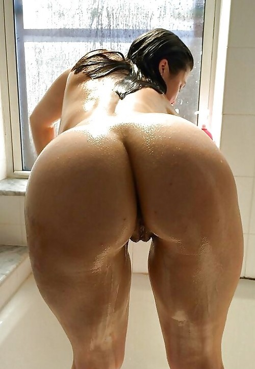 Big booty in doggy style-2509