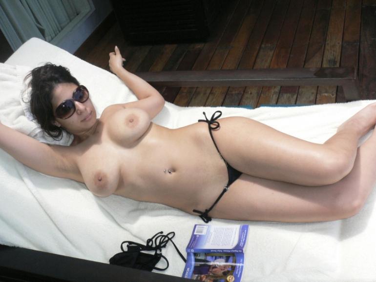 italian girl hairy pussy