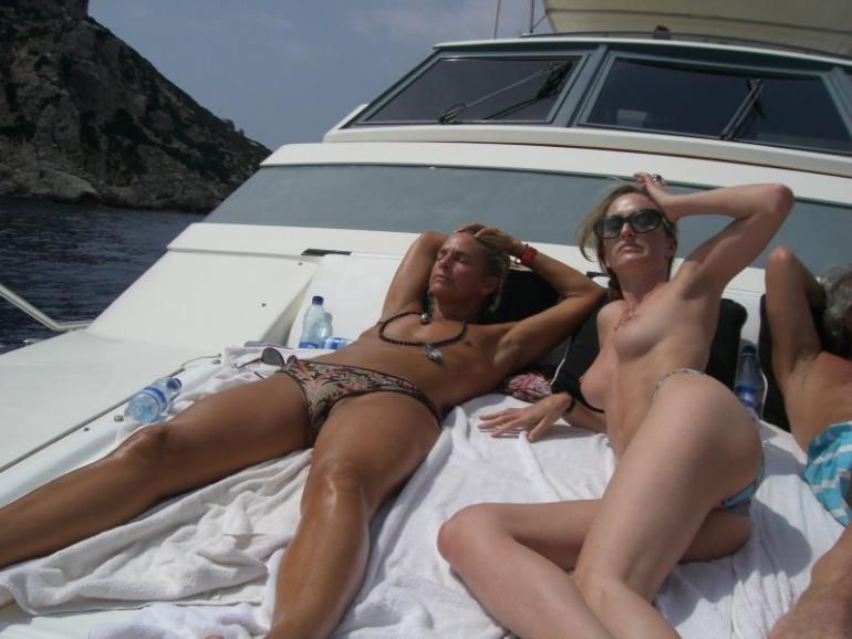 girlfriend vacation porn