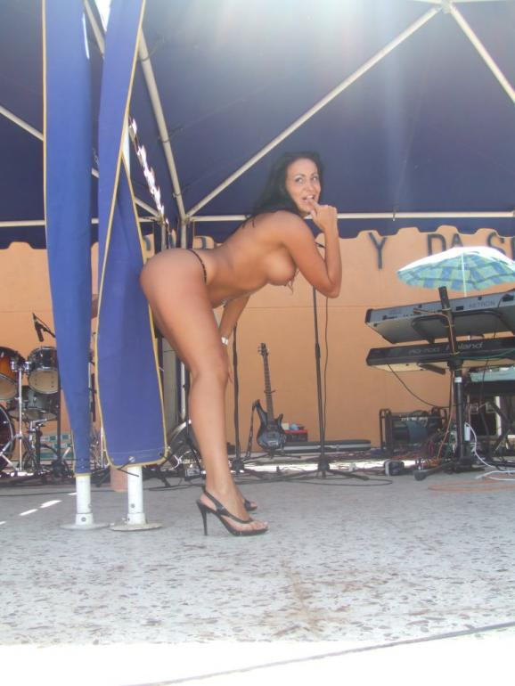 strippers showing boobs female with