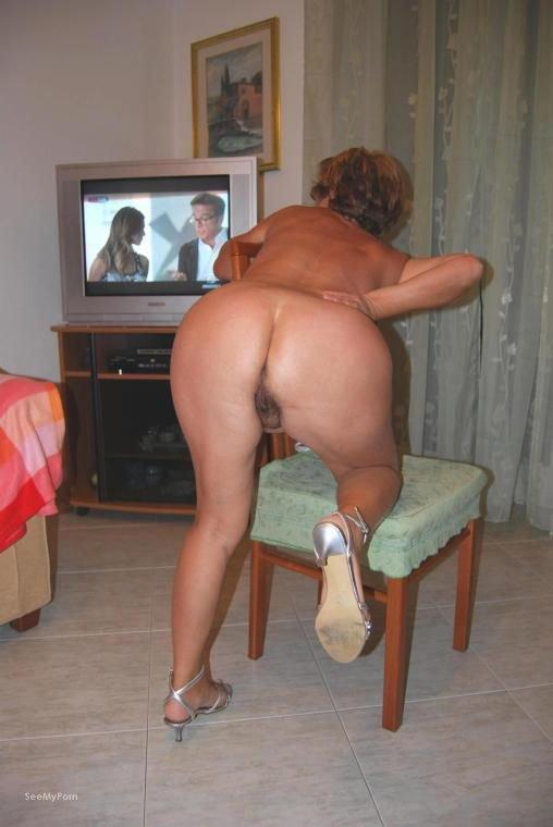 mia mature sex housewife