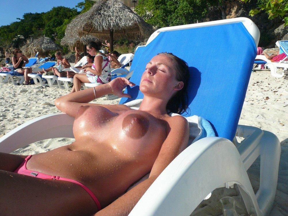 beach voyeur spy nudist girls naturist women close up pussy views