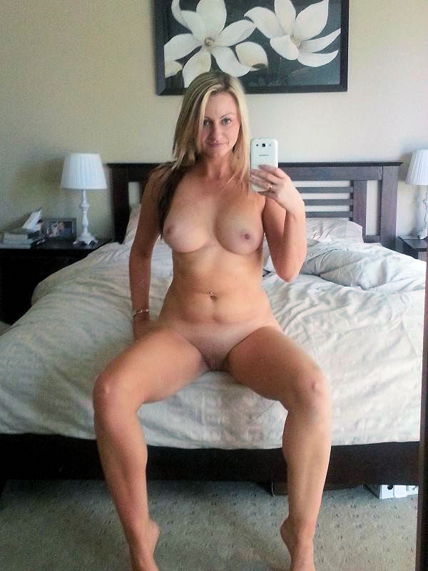 ... moms and housewives with big real tits posing naked for home albums
