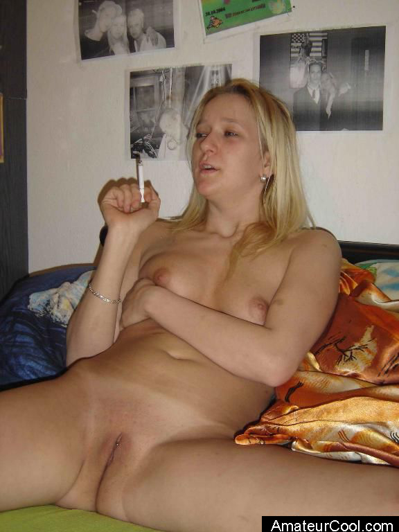 Hot granny gets her juicy pussy finger fucked deep 6