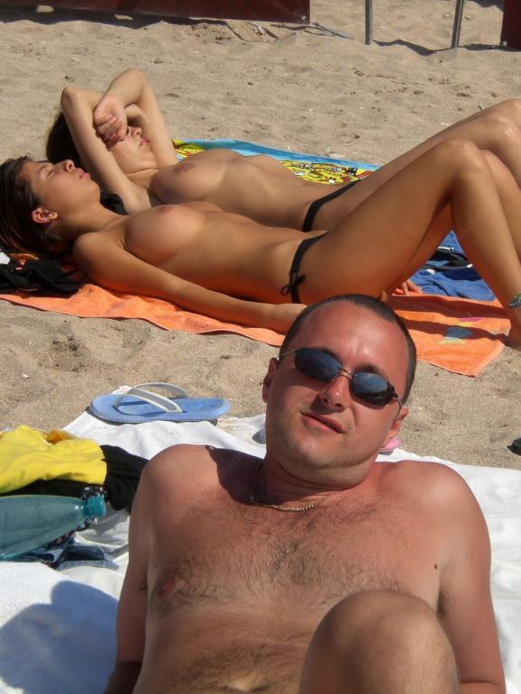 Naughty Girls Nude Photos