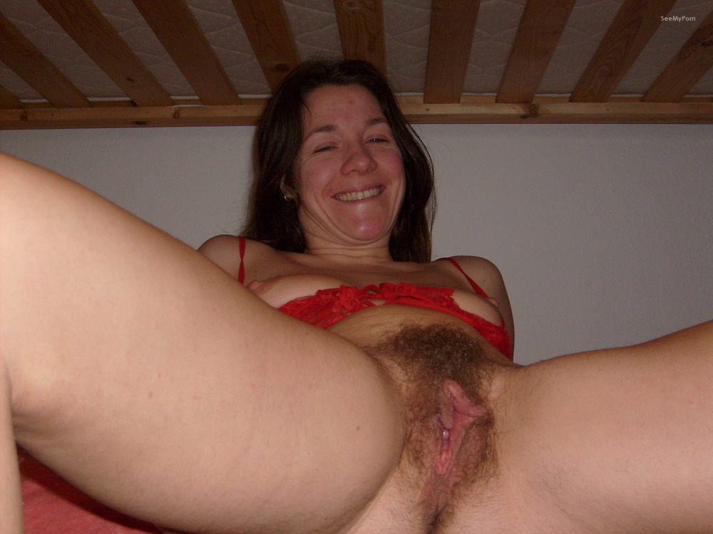 Mature Pussy Amateur Showing Hairy Vagina Cucumber Insertion-3506